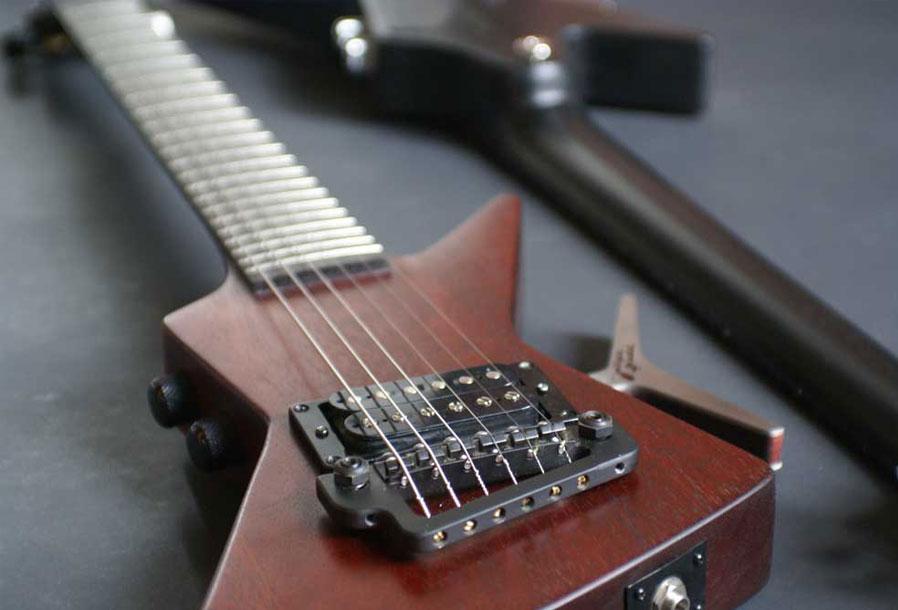 guitare-electrique-de-voyage