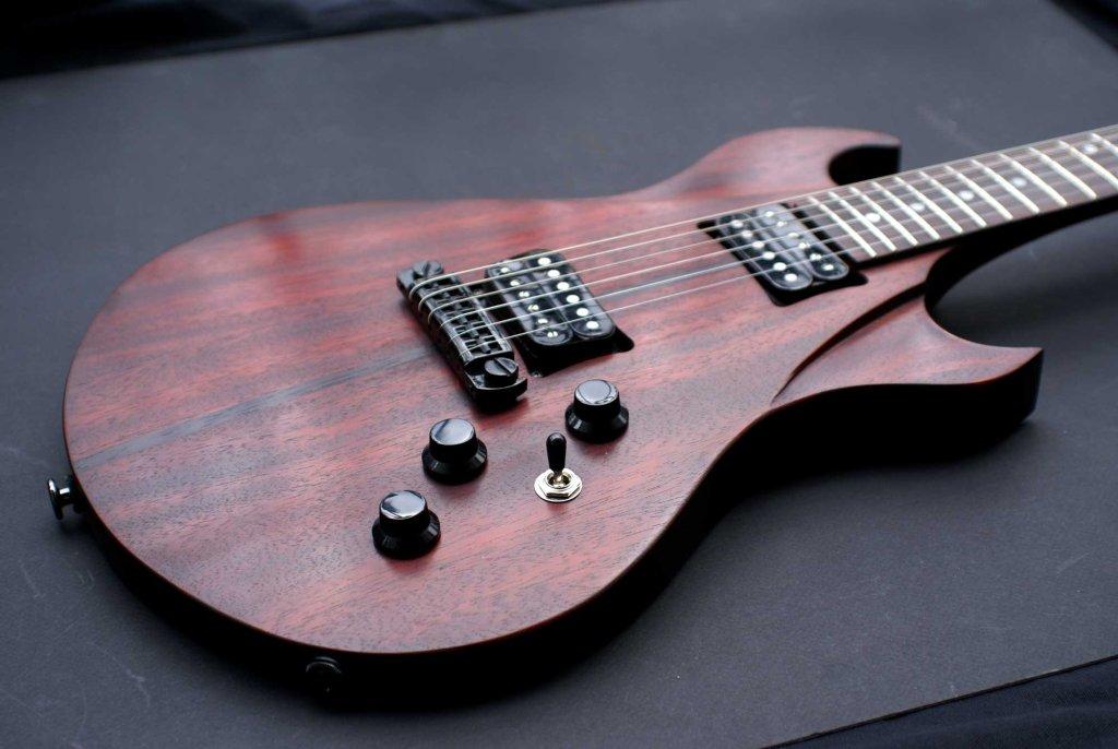 guitare sur mesure