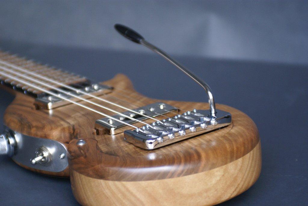 guitare-electrique-de-voyage-tourbus-prestige