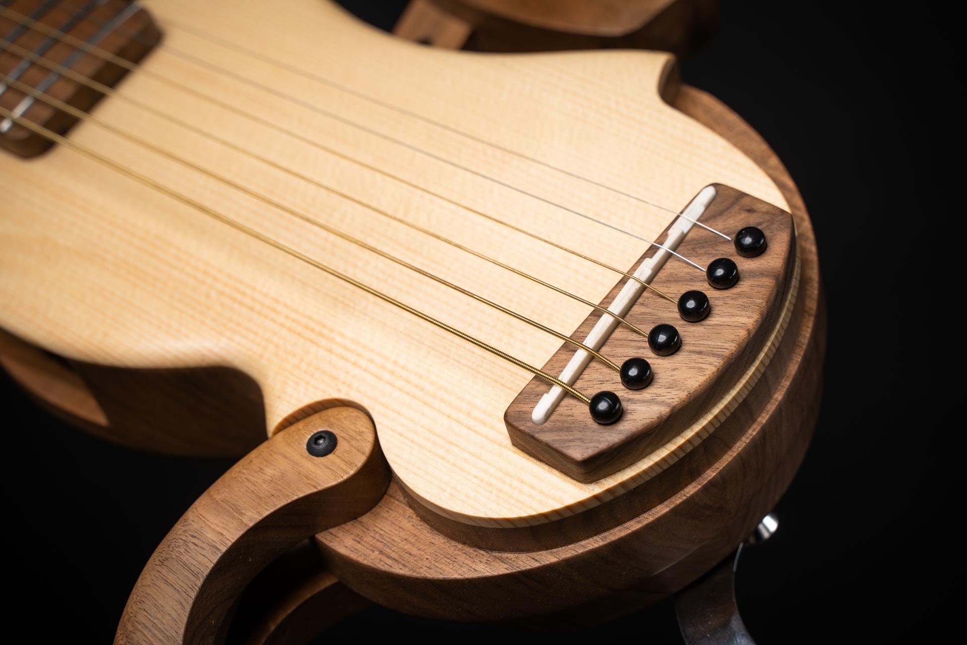 guitare-de-voyage-electro-acoustique-pliable