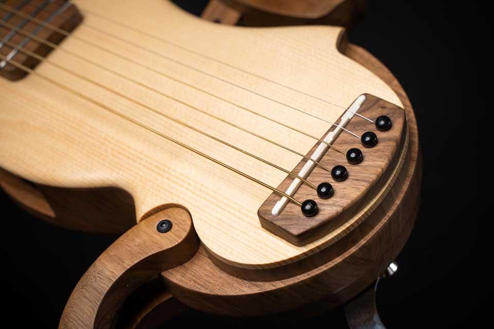guitare-de-voyage-acoustique-electroacoustic-chevalet-acoustic-electroacoustic-travel-guitar-bridge