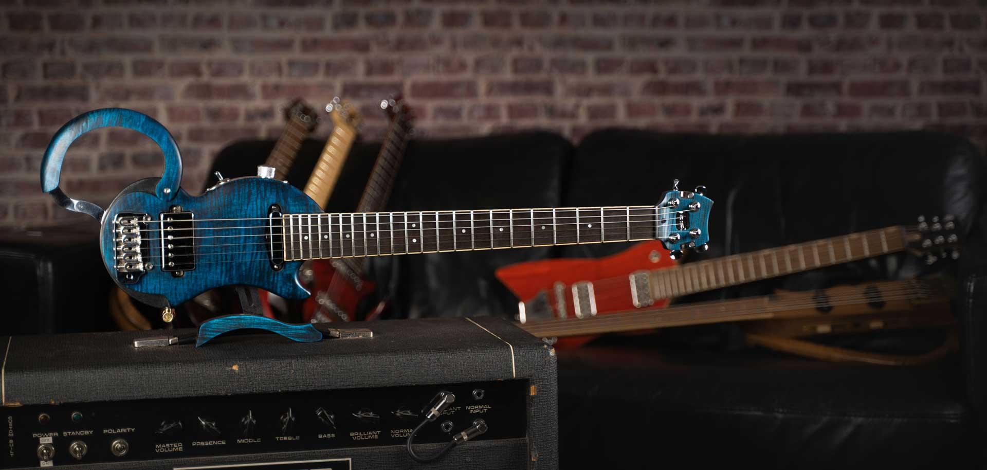 tourbus-prestige-travel-electric-guitar-guitare-de-voyage-electrique