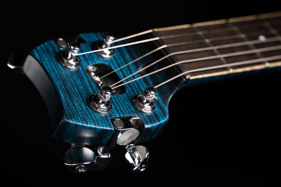 tete-guitare-de-voyage-electrique-tourbus-prestige-travel-electric-guitar-head