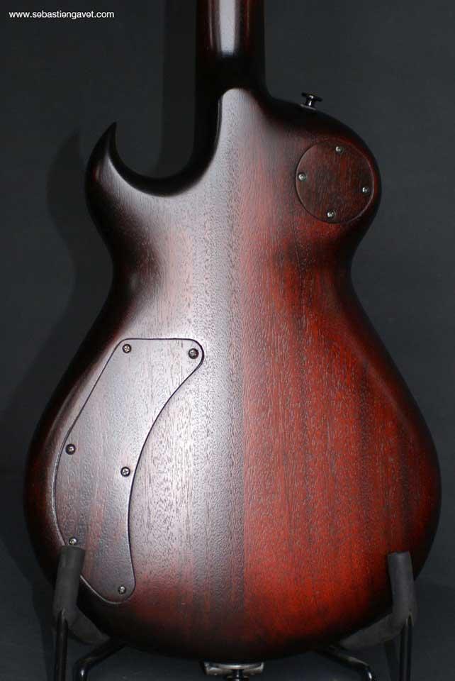 guitare-electrique-sur-mesure-hand-custom-guitar