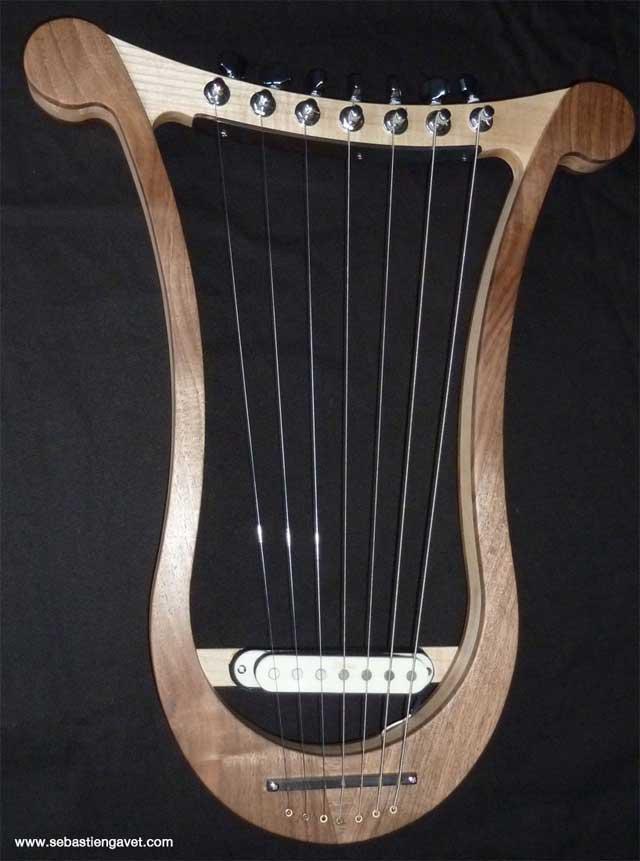 lyre-electrique-7-cordes