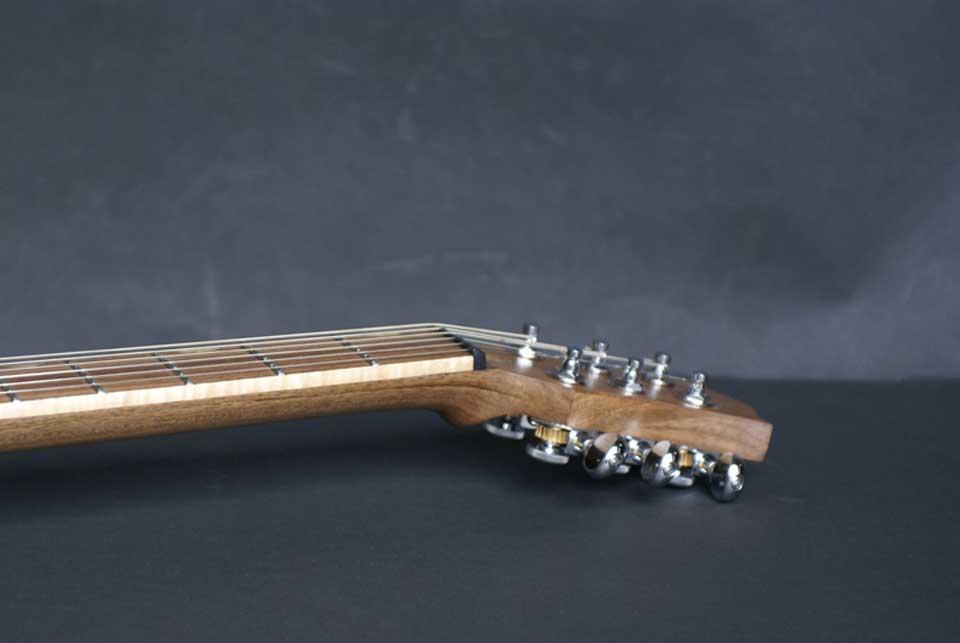 guitare-electrique-sur-mesure-luthier-tete