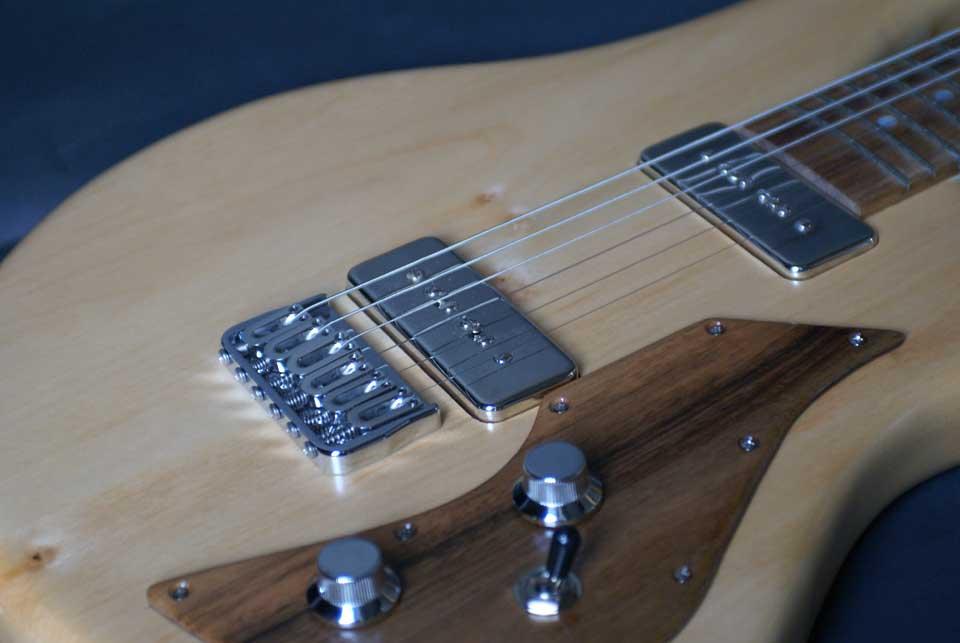 guitare-électrique-sur-mesure