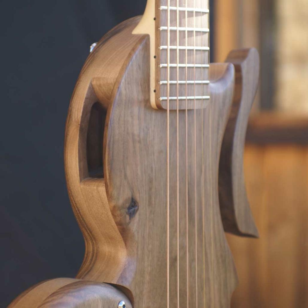 guitare-acoustique-voyage-tourbus-acoustic