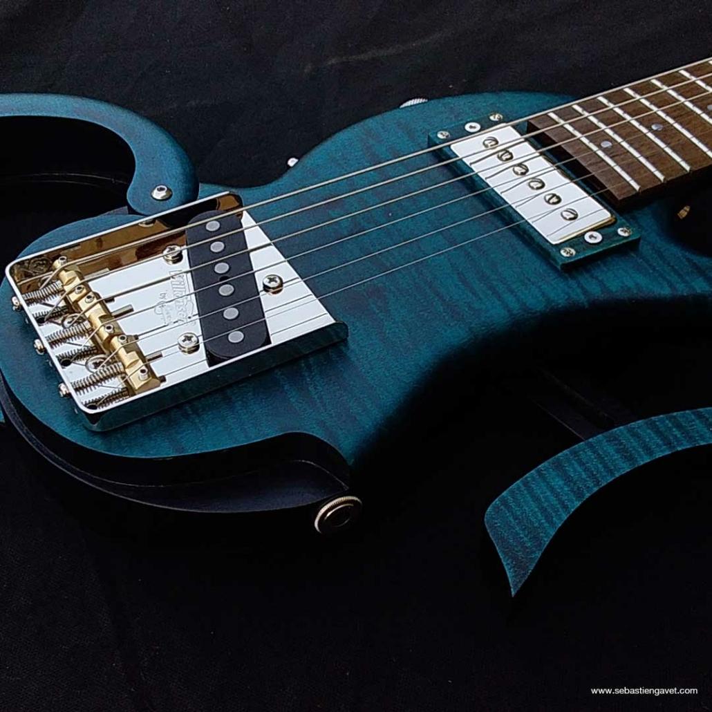 guitare-de-voyage-telecaster-custom-bleu